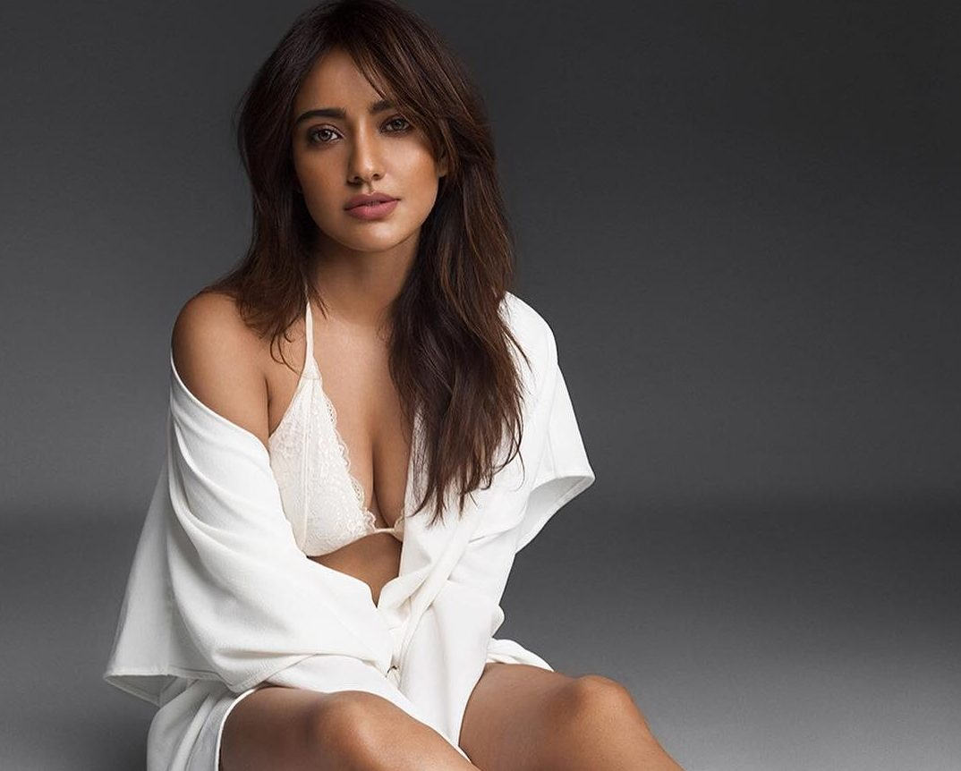neha-sharma-hot-latest-photoshoot-purefilmy-com
